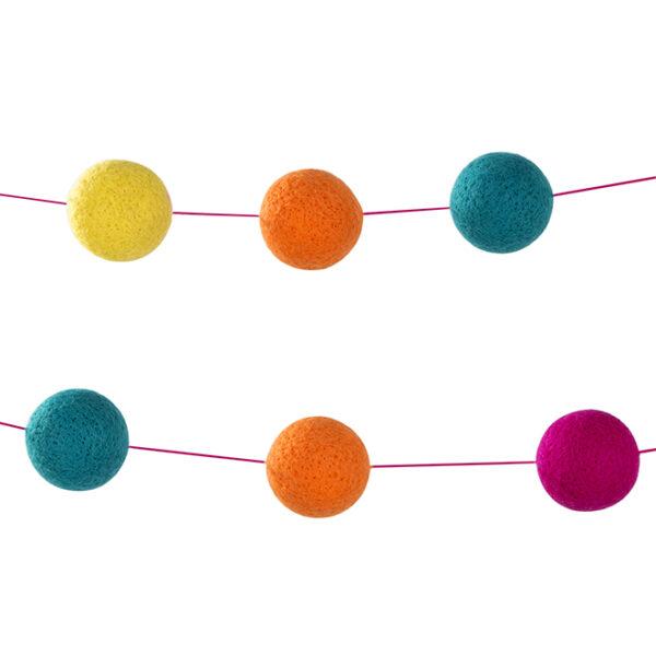 Γιρλάντα πολύχρωμα pom pom 2.5m