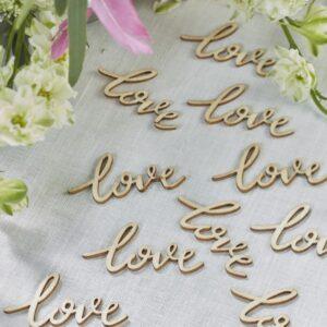 """Ξύλινο κομφετί """"Love"""""""
